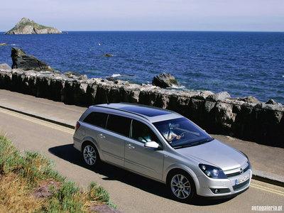 1020 Opel Astra Caravan
